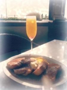 mimosas_at_noon