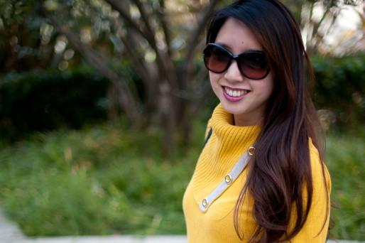 yellow_sweater