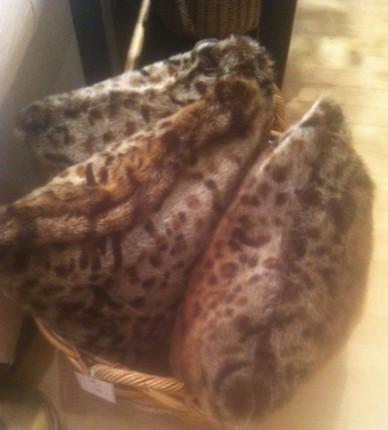 cheetah_print_pillows
