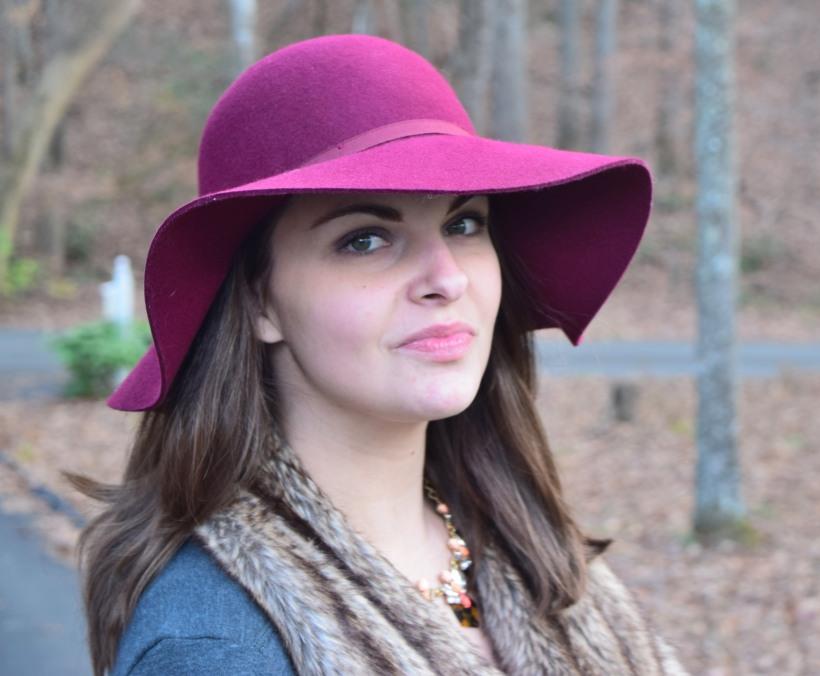 styling floppy hat
