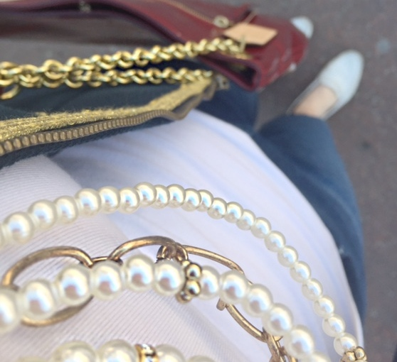 styling statement necklaces