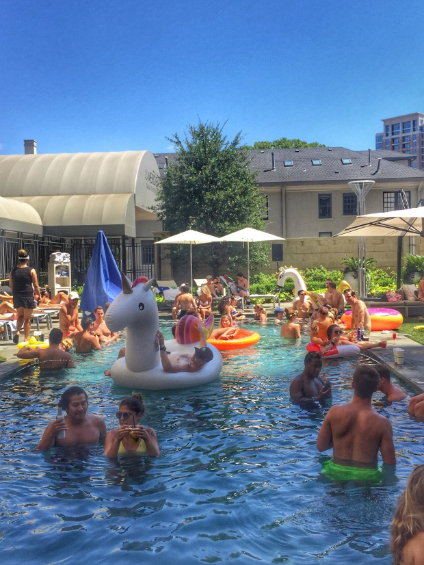 dallas pool party