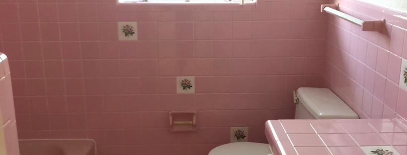vintage 1960s bathroom