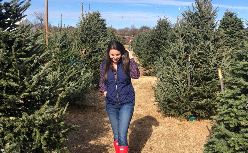 Christmas Tree Farm in Flower Mound & Choosing Decoration Styles
